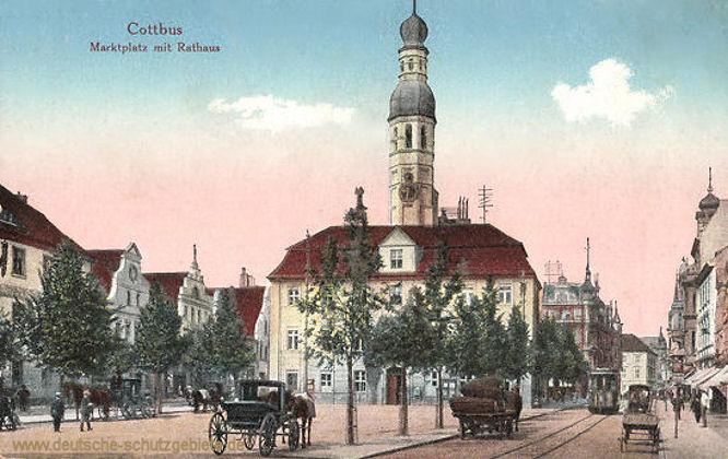 Cottbus, Marktplatz mit Rathaus