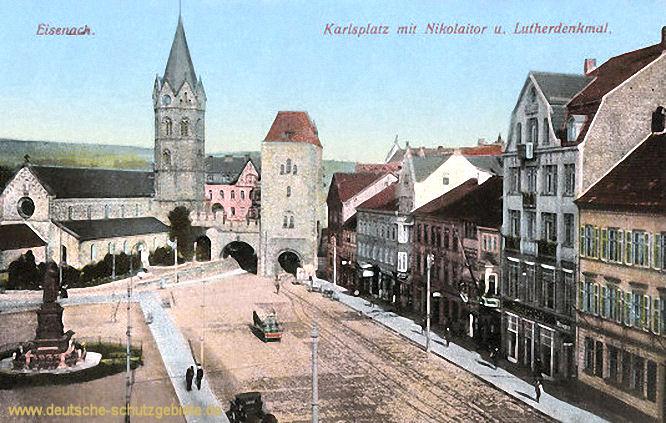 Eisenach, Karlsplatz mit Nikolaitor und Lutherdenkmal