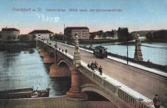 Frankfurt a. O., Oderbrücke. Blick nach der Crossenerstraße