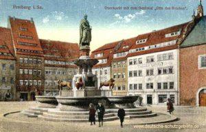 """Freiberg, Obermarkt mit dem Denkmal """"Otto des Reichen"""""""