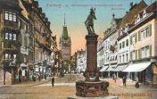 Freiburg i. B., Kaiserstraße mit Bertoldsbrunnen und Martinstor
