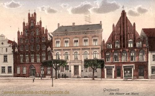 Greifswald, Alte Häuser am Markt