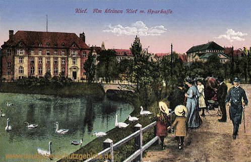 Kiel, Am kleinen Kiel mit Sparkasse