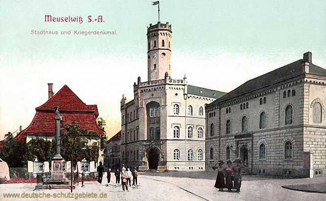 Meuselwitz S.-A., Stadthaus und Kriegerdenkmal