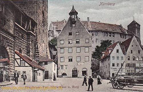 Nürnberg, Tiergärtner Tor, Pilatushaus und Burg