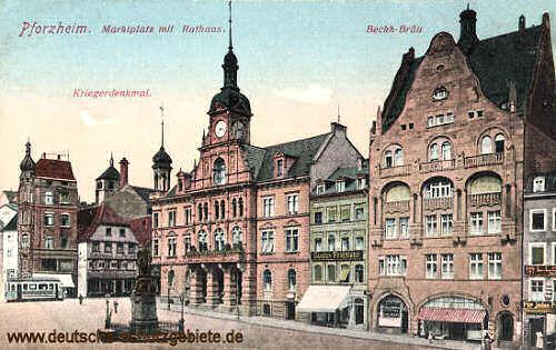 Pforzheim, Marktplatz mit Rathaus und Kriegerdenkmal