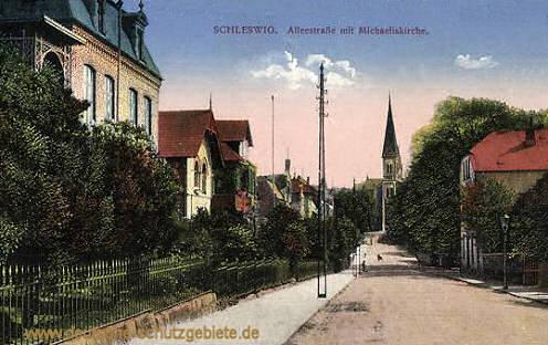 Schleswig, Alleestraße mit Michaeliskirche