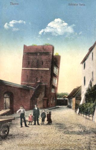 Thorn, Schiefer Turm
