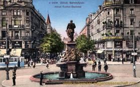 Zürich, Bahnhofplatz, Alfred Escher-Denkmal