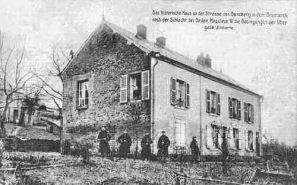 Das historische Haus an der Straße nach Donchery in dem Bismarck nach der Schlacht bei Sedan Napoleon III. die Bedingungen der Übergabe diktierte.