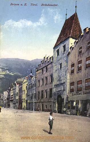 Brixen, Bräuhaustor