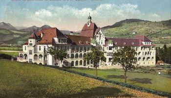Brixen, Krankenhaus und Sanatorium