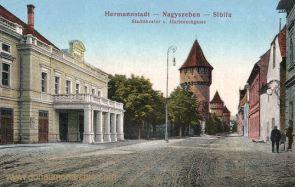 Hermannstadt (Nagyszeben - Sibiu), Stadttheater und Harteneckgasse