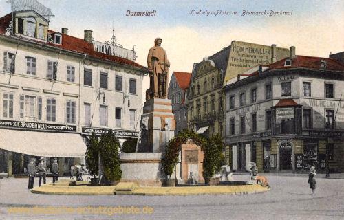 Darmstadt, Ludwigs-Platz mit Bismarck-Denkmal