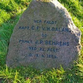 Kapt C.F.V.H. Baland und Prmlt J.P. Behrens, Gedenkstein an den Düppeler Schanzen