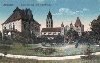 Ostrowo, Katholische Kirche mit Pfarrhaus