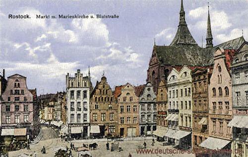 Rostock, Markt mit Marienkirche und Blutstraße