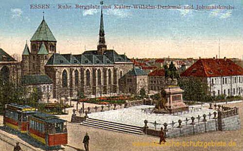 Essen, Bergplatz mit Kaiser Wilhelm-Denkmal und Johanniskirche