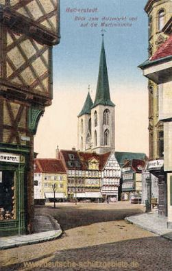 Halberstadt, Blick zum Holzmarkt und auf die Martinikirche