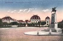 Saarbrücken, Ulanendenkmal und Schloss