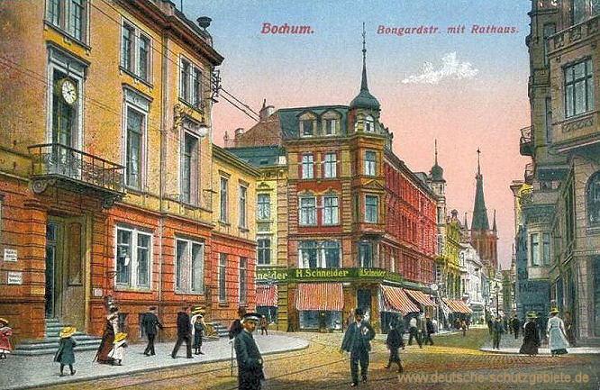 Bochum, Bongardstraße mit Rathaus