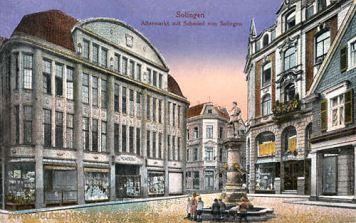 Solingen, Alter Markt mit Schmied von Solingen