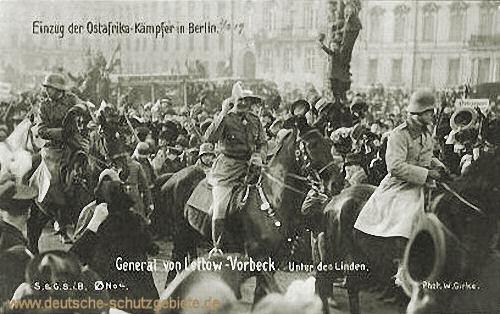 Einzug der Ostafrika-Kämpfer in Berlin