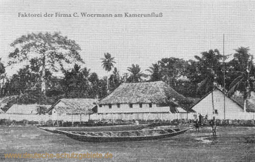 Faktorei der Firma C. Woermann am Kamerunfluss. Schauplatz der Verhandlungen, die zur Erwerbung Kameruns führten.