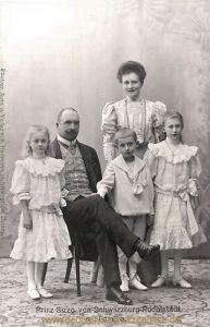 Prinz Sizzo von Schwarzburg-Rudolstadt mit Familie