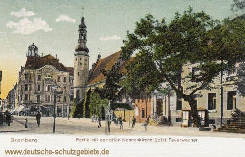 Bromberg, Partie mit der alten Nonnenkirche (jetzt Feuerwache)