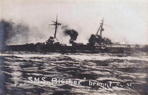 S.M.S. Blücher brennt