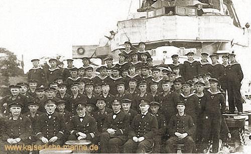 Mannschaft der S.M.S. Braunschweig