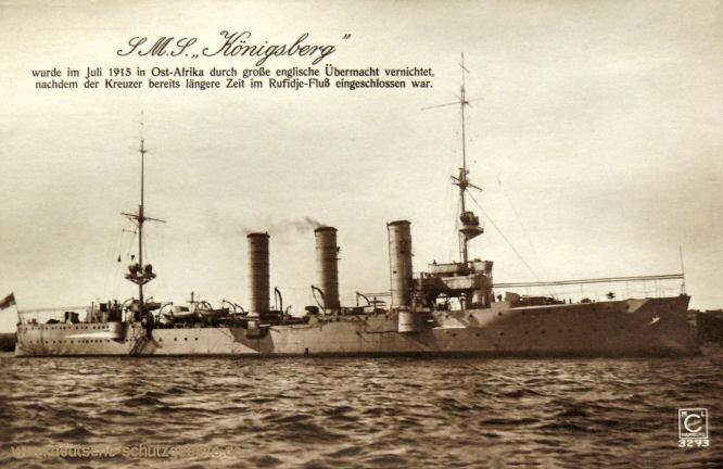 S.M.S. Königsberg wurde im Juli 1915 in Ost-Afrika durch große englische Übermacht vernichtet, nachdem der Kreuzer bereits längere Zeit im Rufidje-Fluß eingeschlossen war.