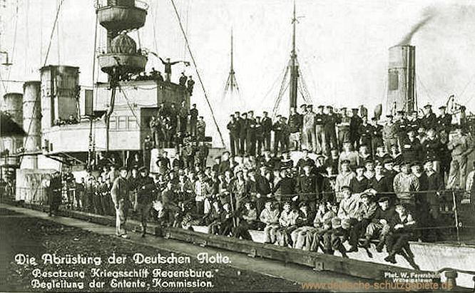 Die Abrüstung der Deutschen Flotte. Besatzung Kriegsschiff Regensburg. Begleitung der Entente-Kommission.