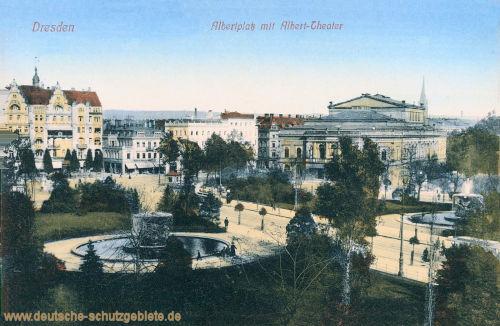 Dresden, Albertplatz mit Albert-Theater