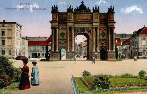 Potsdam, Brandenburger Tor, Luisenplatz