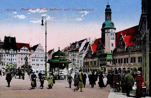 Leipzig, Markt mit Altem Rathaus und Siegesdenkmal