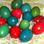 Colored eggs in Alsatian style