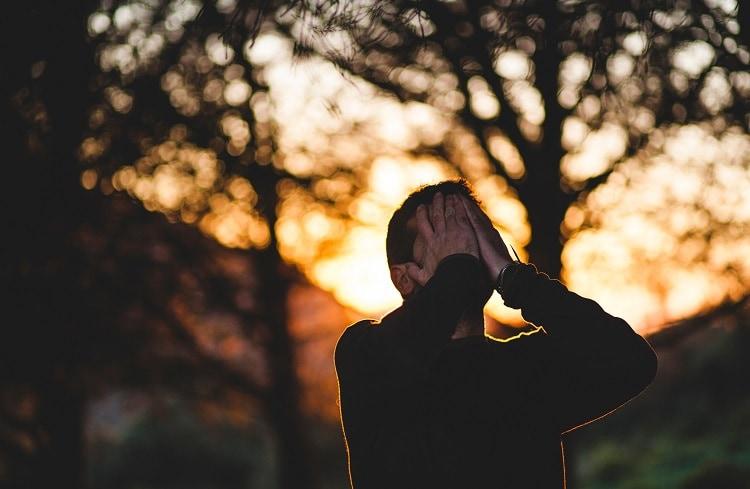 Arrêter de trop penser et simplifier sa vie en 3 conseils clés