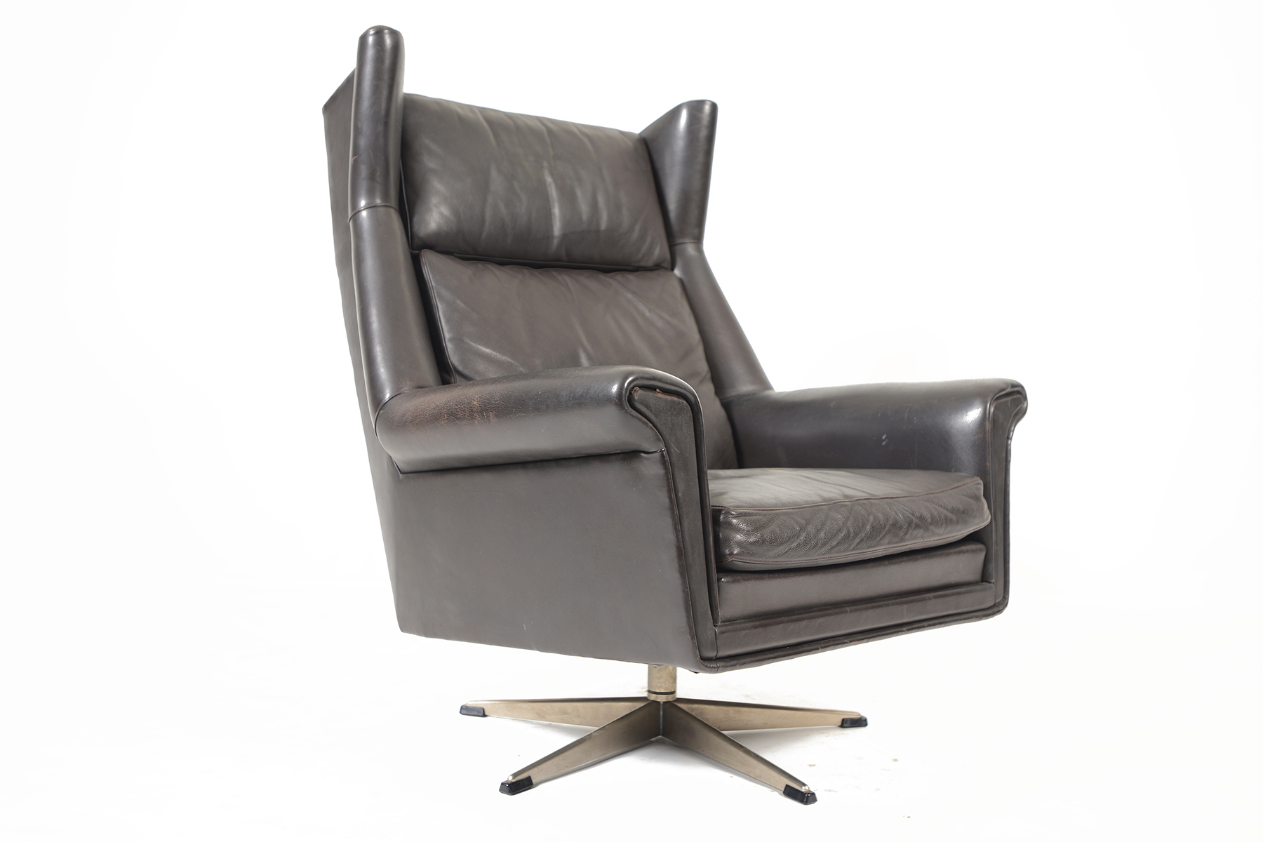 Black Leather Lounge Chair Danish Modern Black Leather Highback Swivel Lounge Chair Mid