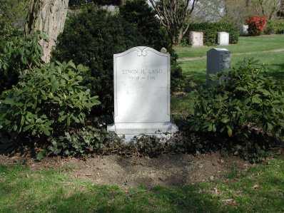 Edwin Land grave
