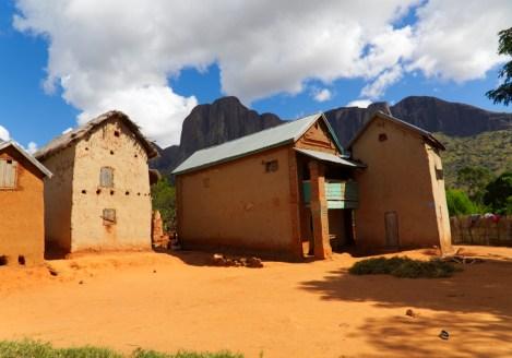 Cases traditionnelles des Hautes Terres, voyage à Madagascar avec Nirvatravel