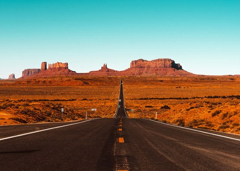 Route de Monument Valley dans l'Ouest des USA, road trip aux Etats-Unis avec Nirvatravel