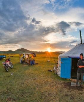 Séjour chez les nomades, entre dunes et steppe