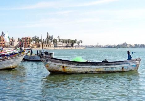 Bateaux de pêcheurs à Saint Louis du Dénégal, voyage au Sénégal avec Nirvatravel