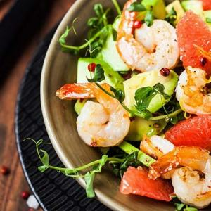 St. Supéry Grilled Shrimp, Grapefruit, Avocado and Watermelon Radish Salad