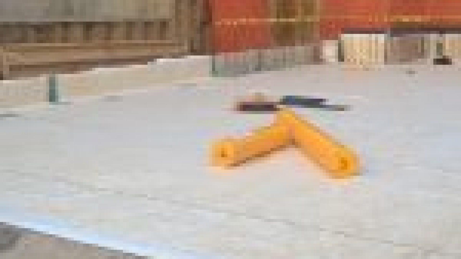 waterproofing-membrane-being installed