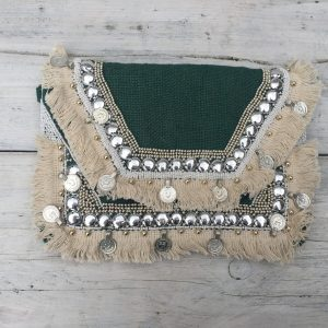 Handmade-Bohemian Tasje met muntjes Groen.
