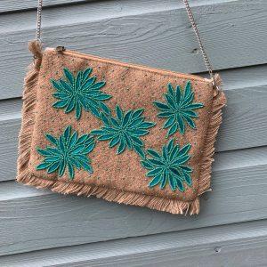 Handmade bohemian clutch met kralen - Groen.