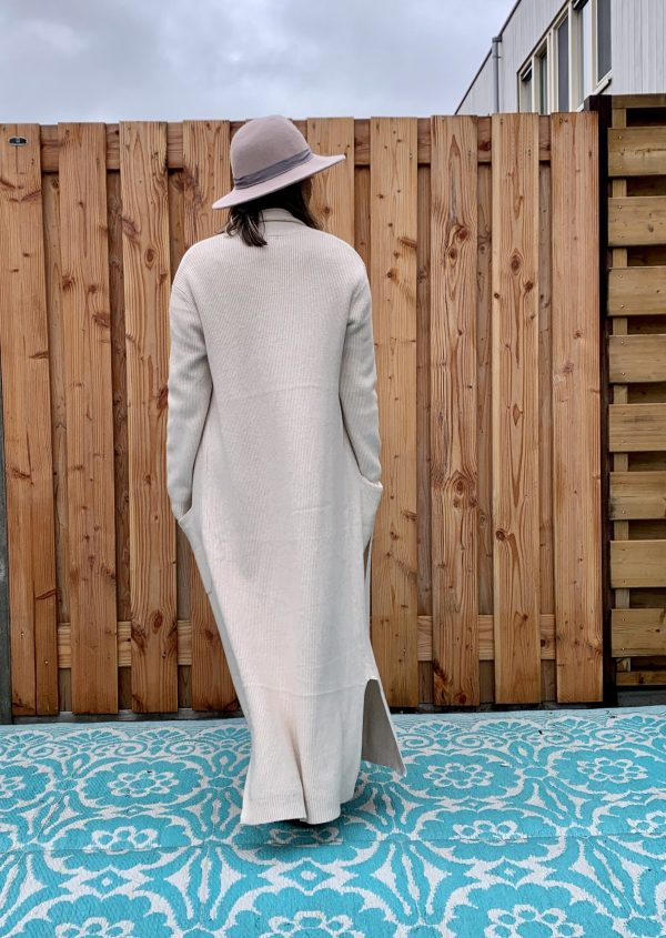 Sofia Maxi gebreid Off White vest – one size.